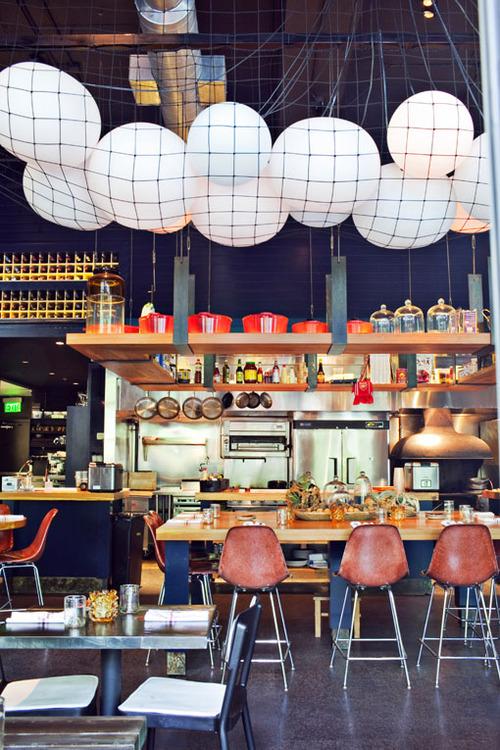 restaurant-interior-brand-design-12.